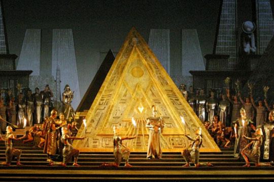 «Аида» и «Царская невеста» вернутся, а «Князь Игорь» поедет в Пярну