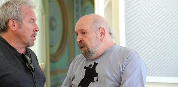 Министр и известные музыканты зашли на выставку Владимира Цеслера в Петербурге